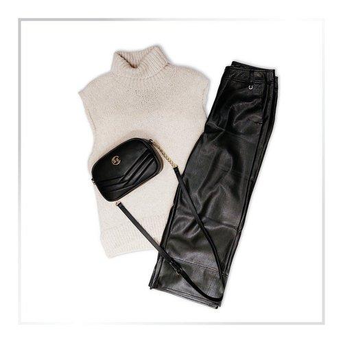 Vsak dan je modna revija in svet je tvoja modna pista! 💁♀️ ✨ 💅 . . . #comma #falloutfit #autumnoutfit #modnioutfit...